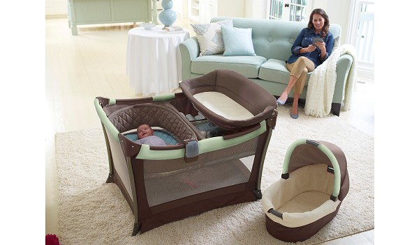 graco day2night sleep system bedroom bassinet portable playard